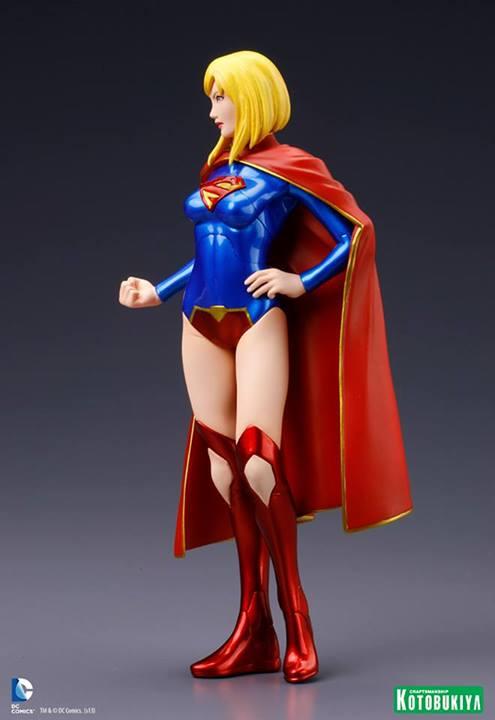 Supergirl New 52 ARTFX+ Statue