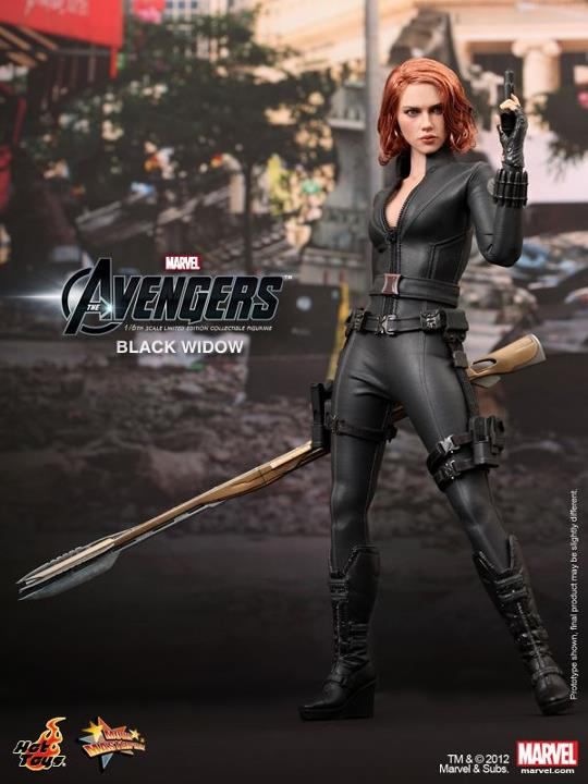 The-Avengers-Black-Widow-Limited-Edition-Collectible-Figurine-HOT-TOYS-10