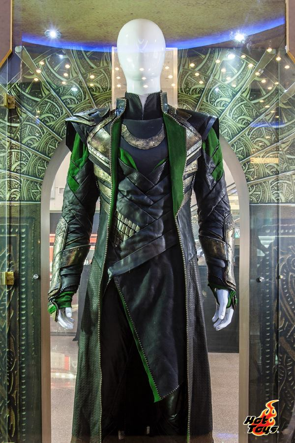 thor the dark world expo hot toys chine 2