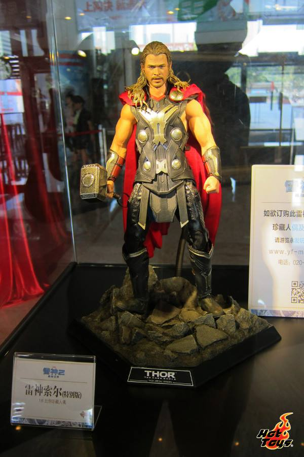 thor the dark world expo hot toys chine 8