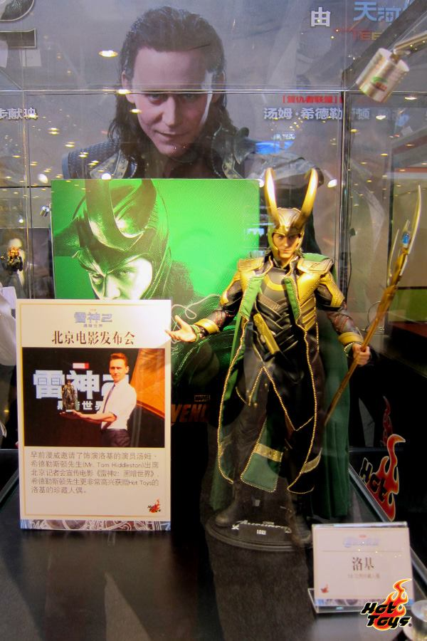 thor the dark world expo hot toys chine 9