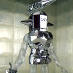 Outer Space Men : des accessoires chromés