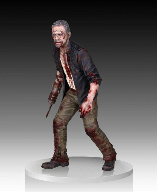 merle dixon walker statue gentle giant 2