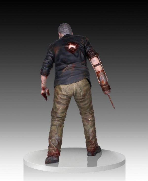 merle dixon walker statue gentle giant 4