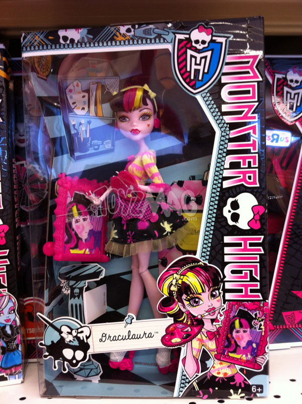 Monster High Art Class draculaura