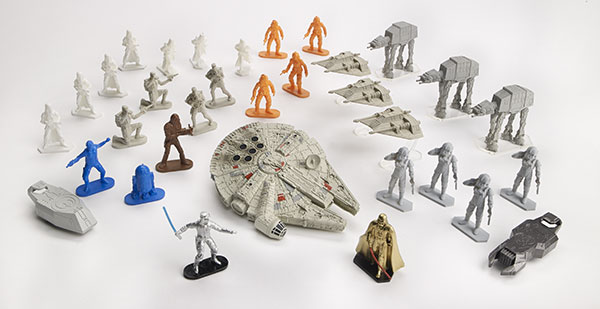 STAR-WARS-COMMAND-MILLENNIUM-FALCON-A8949-b