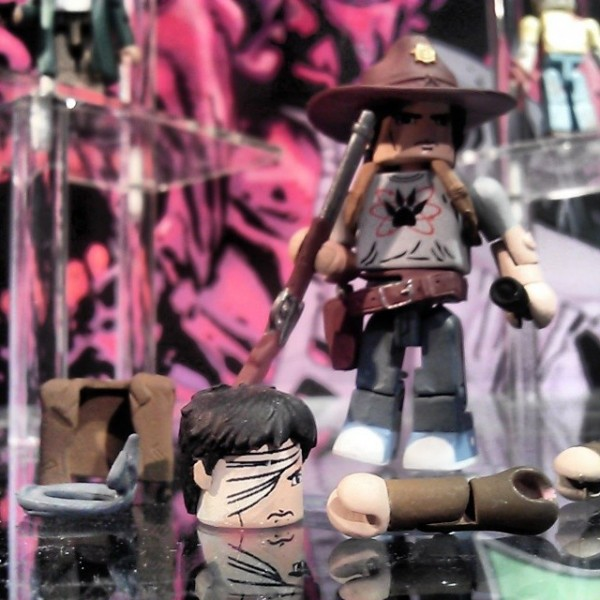 carl minimates walking dead s6