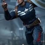 hot toys captain america strike 7