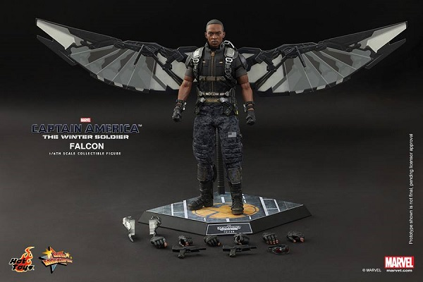 hot toys winter soldier cap falcon 18