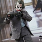 Exclu Hot Toys : The Dark Knight -The Joker (Bank Robber Version 2.0)