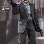joker tdk hot toys exclu