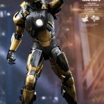python iron man hot toys