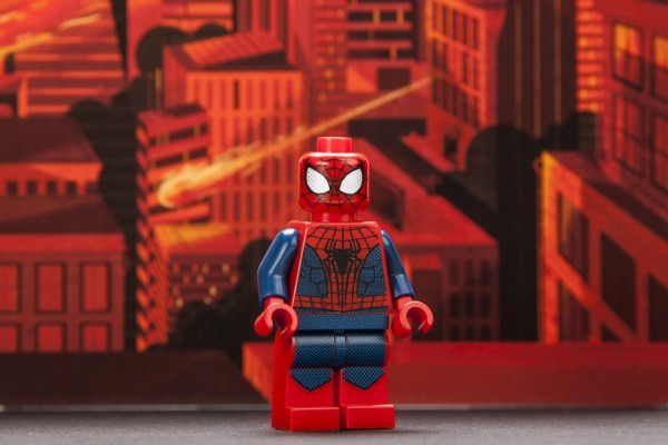 spider-man-sdcc-2014-exclusive-minifigure