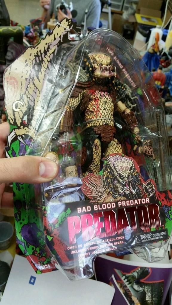 neca bad blood predator packagaging