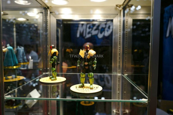 NYCC-2014-Mezco-1_12-Collective-Judge-Dredd-001