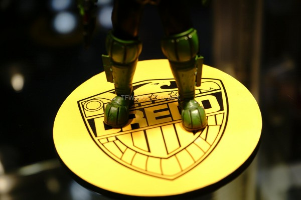 NYCC-2014-Mezco-1_12-Collective-Judge-Dredd-008