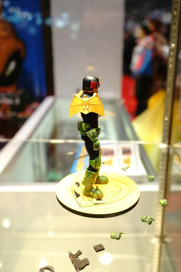 NYCC-2014-Mezco-1_12-Collective-Judge-Dredd-015