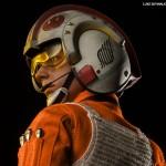 luke-skywalker-red-five-x-wing-pilot-002
