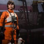 luke-skywalker-red-five-x-wing-pilot-004