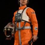 luke-skywalker-red-five-x-wing-pilot-015