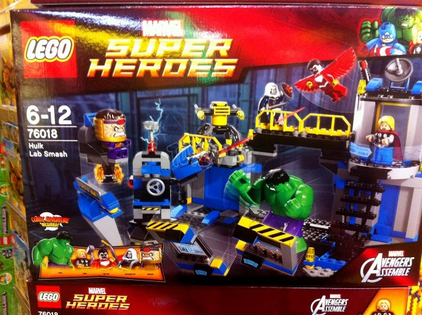Lego Super Heroes Marvel le set n° 76018 HULK LAB SMASH