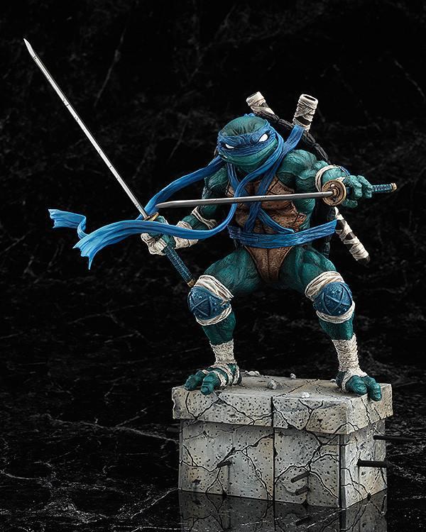 Leonardo_Statue_GoodSmile_02