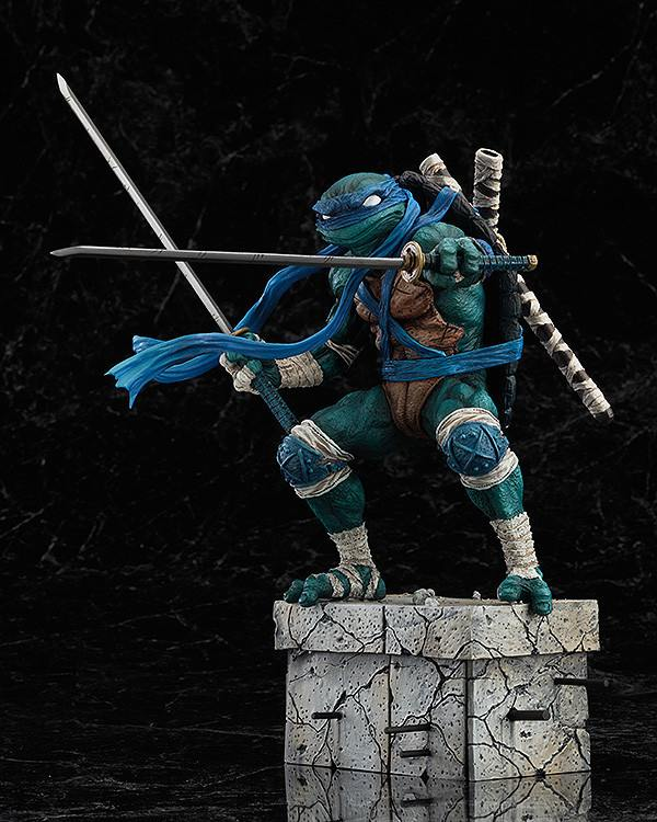 Leonardo_Statue_GoodSmile_03