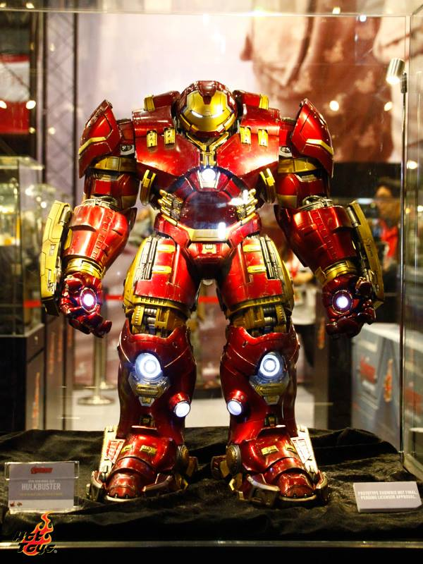 avengers hot toys hulkbuster toy