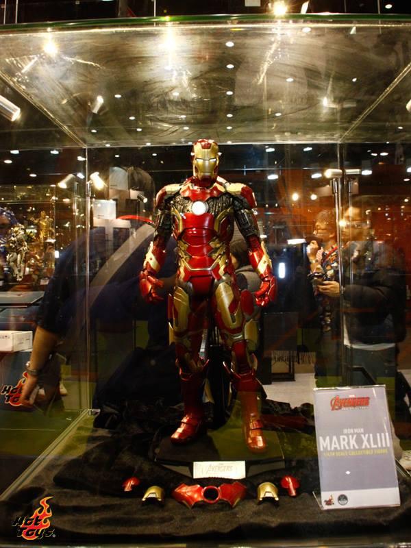 avengers hot toys iron man 2