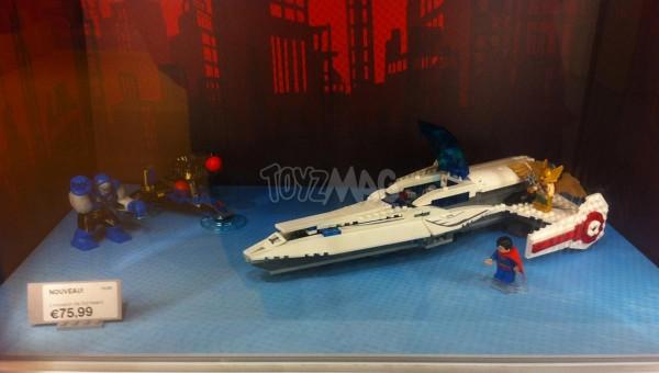 LEGO DC 76028 Darkseid Invasion
