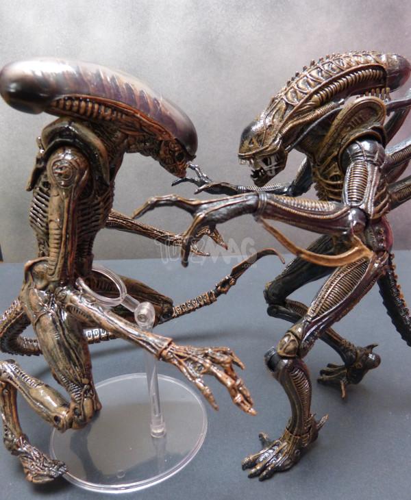 alien 3 dog alien neca 16