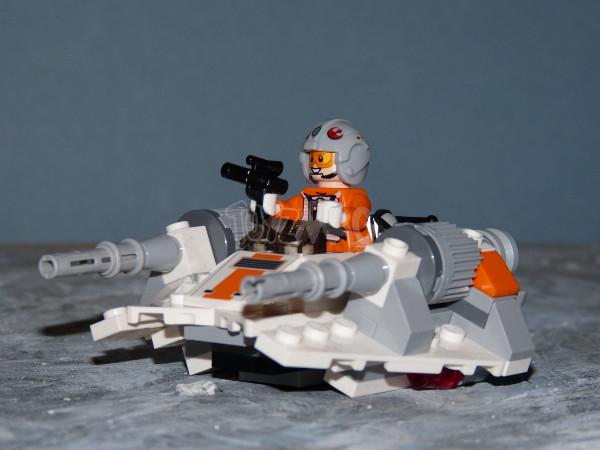starwars lego microfighter snowspeeder 7