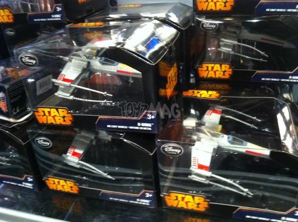 star wars vaiusseaux exclu Disney store