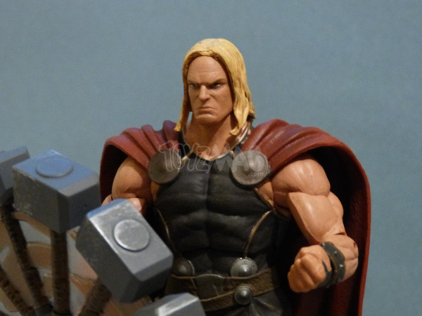 marvel select thor exclu disney 21
