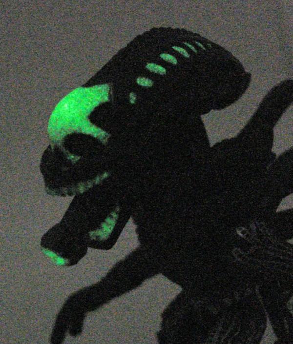 AlienGlowHead