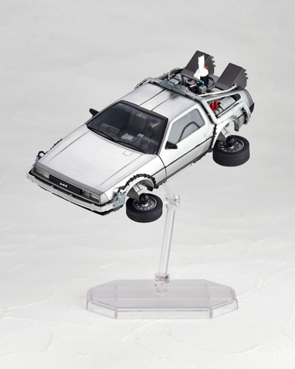 Figure Complex Movie Revo No.001《Back to the Future 2》De Lorean 5,800Yen