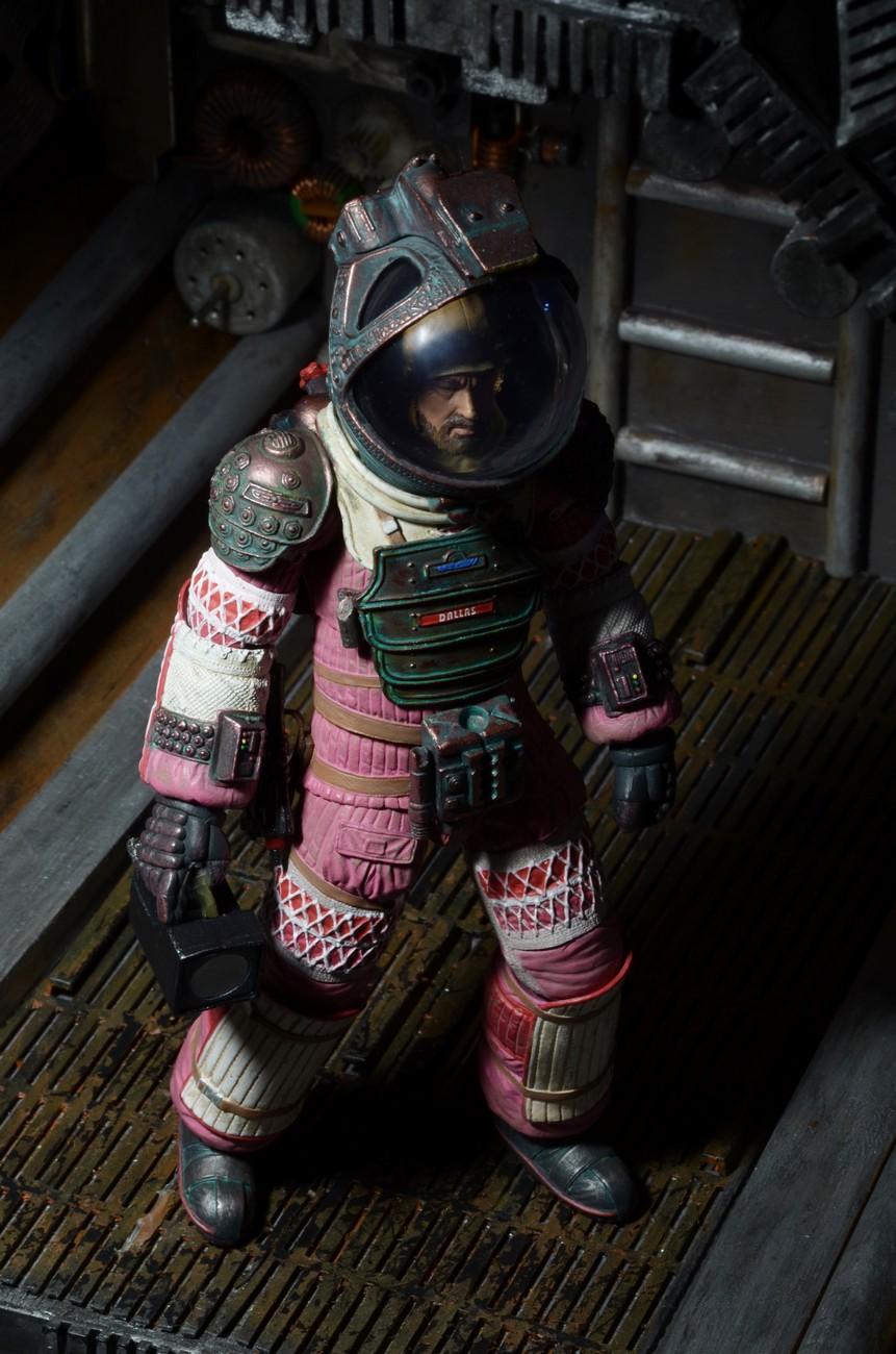 dallas alien 1979 space suit - photo #45