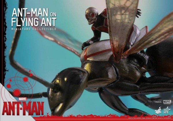 Hot-Toys-Miniature-Collectible-Ant-Man-and-Antony-006