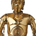 Mafex-C-3PO-and-R2-D2-006
