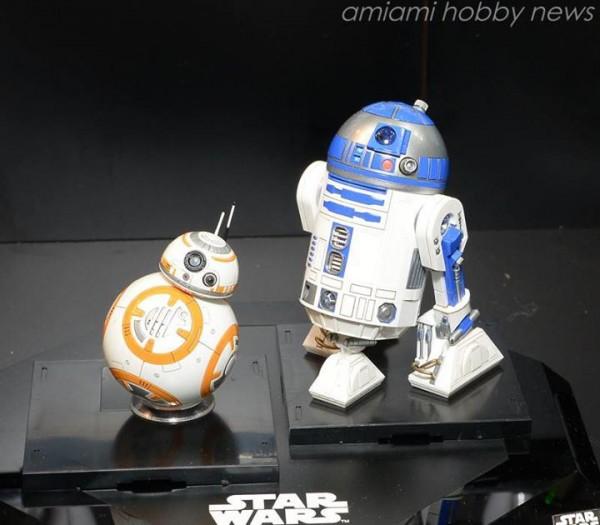 Bandai-Star-Wars-Model-Kit-BB8-R2D2