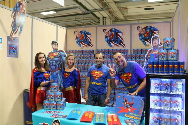 PARIS MANGA 20e édition  energy drink SUperman