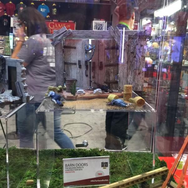 NYCC-Booth-11-twd-barndoors
