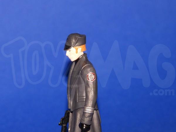 Hasbro-generalhux-1storder-TFA-6