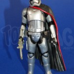 Star Wars TFA : Review Captain Phasma