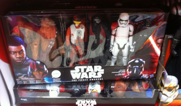 STAR WARS Coffret de 6 figurines – 30 cm