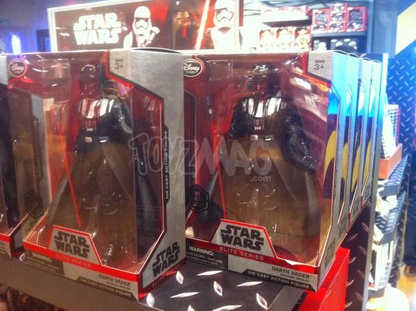 Darth Vader Star Wars Elite Series disponible sur DisneyStore.fr