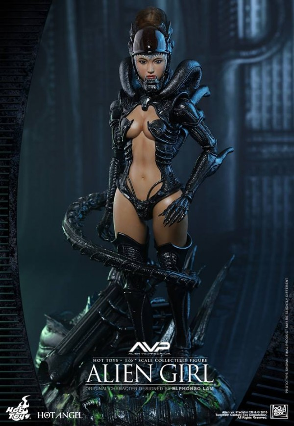 alien-girl-hot-toys3