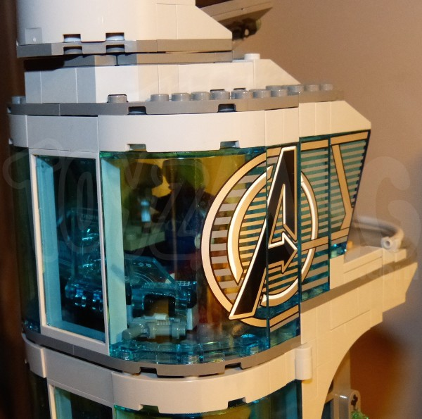 lego-avengers-tower-3