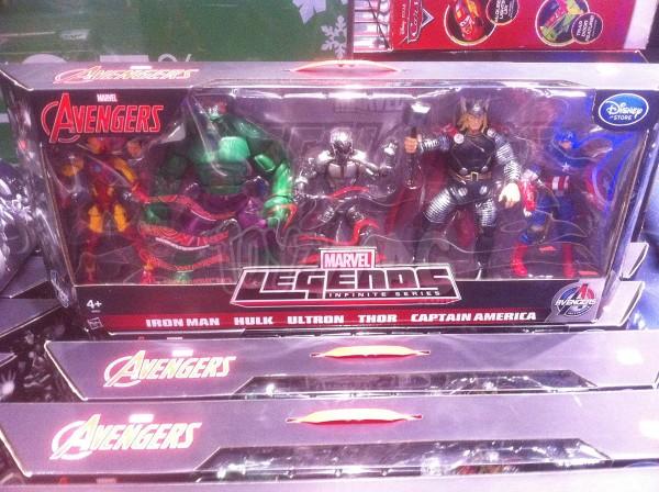 pack 5 figurines exclu Disneystore
