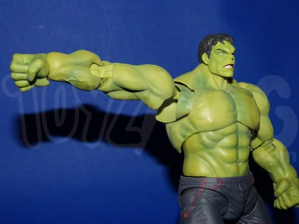 SH-figuarts-avengers2-hulk-10